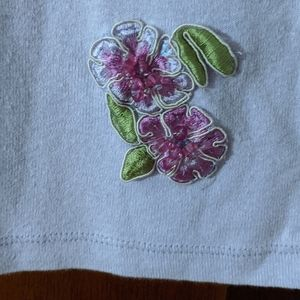 Eci Girl Tops - Vintage tank top with beautiful flowers